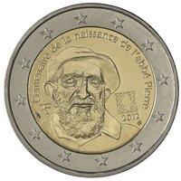 Фото памятная монета 2 евро Франции 2012 года — 100 лет со дня рождения аббата Пьера